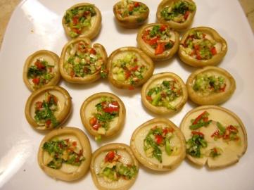 Champiñones al Ali-oli (香菜大蒜烤磨菇)