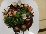 義式海鮮墨魚麵