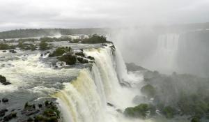 Iguazu_Fall