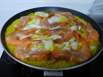 西班牙海鮮飯(烹煮中)