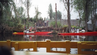 Xochimilco 運河-湖濱