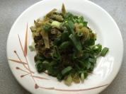 酸菜和蔥花