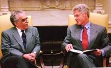 馬奎斯曾是柯林頓白宮的座上客
