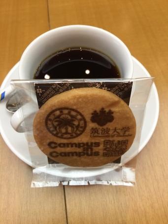 臺灣大學+筑波大學 logo 的非賣品可食餅乾