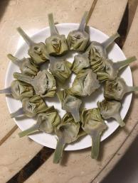 熟軟的朝鮮薊,待配方(心口處的絨毛需挖除)