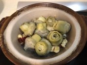 砂鍋煨煮朝鮮薊