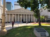 五月廣場上的大教堂