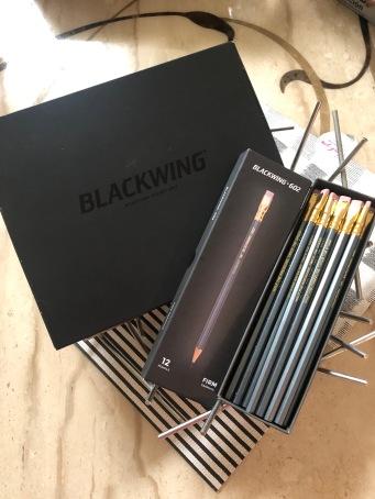 補充盒裝 12 支 經典款「黑翼」602 鉛筆