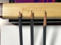 中間是削鉛筆機削成
