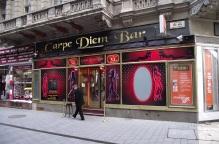 酒吧店名:Carpe Diem (打握當下/ 及時行樂)