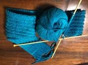 30 針的雙元寶圍巾,織拆數十回