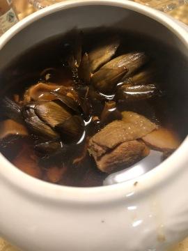 乾朝鮮薊燉雞湯,和 40 年的老菜脯一樣滋補