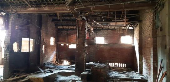 舊屋舍二哥原來的工廠,孩提時代,爸媽的養豬圈場所